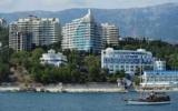 Продать в Крыму украинские санатории
